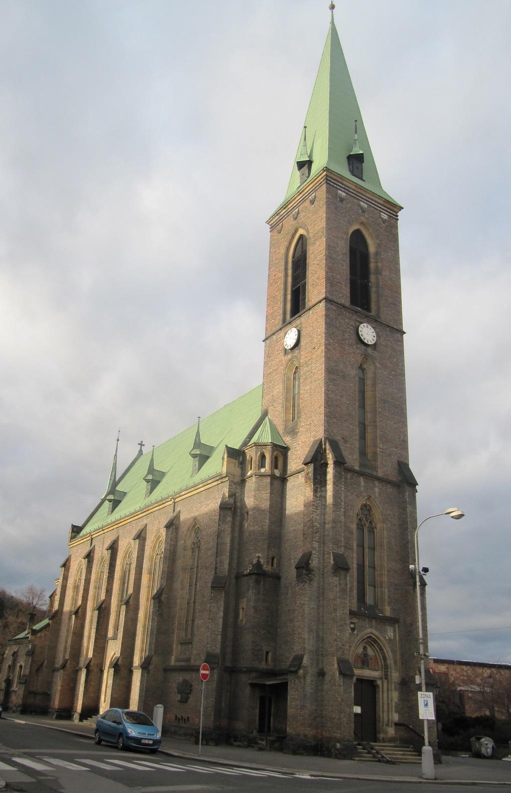 Kostel Nanebevzetí Panny Marie a sv. Václava
