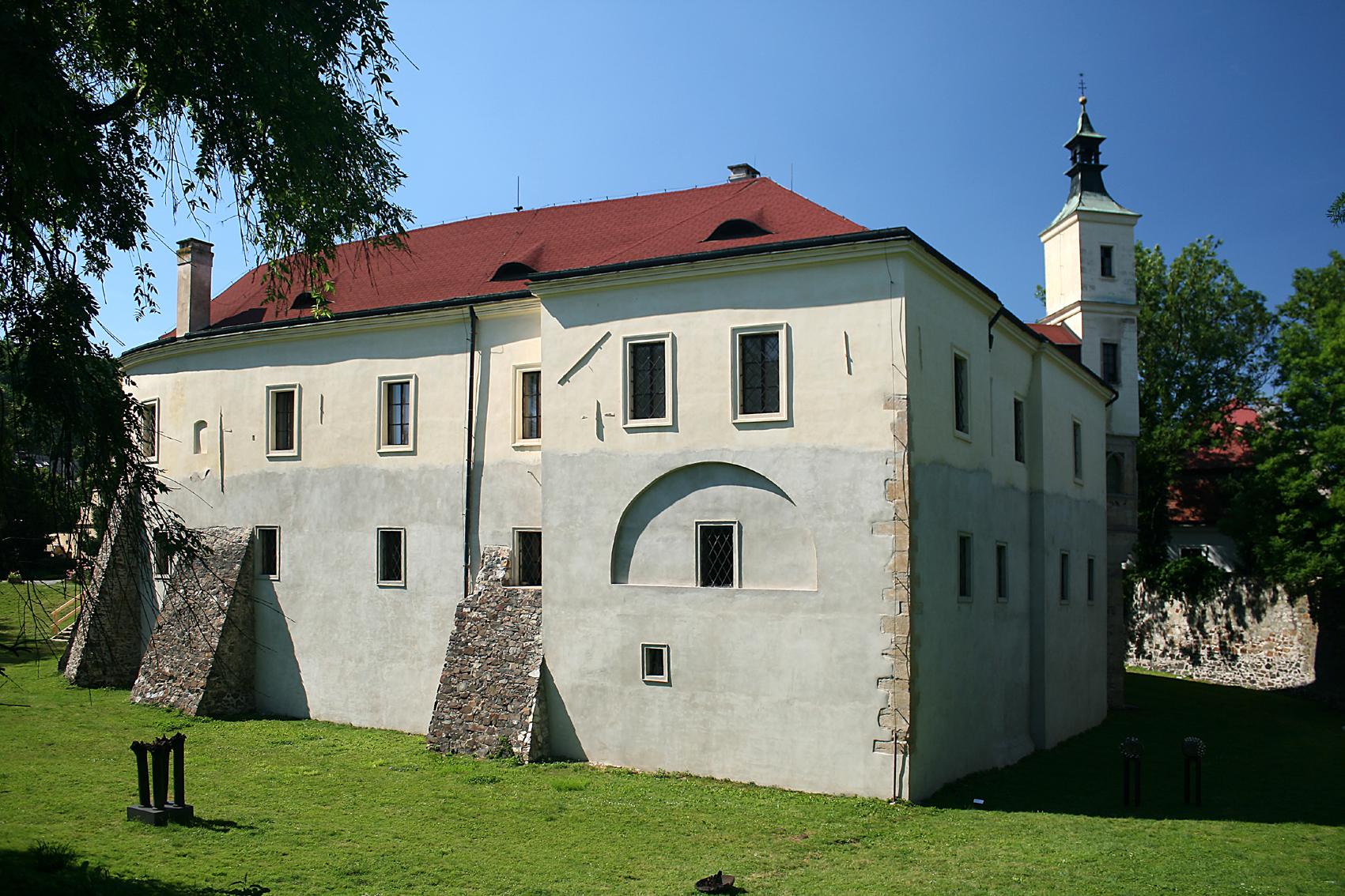 Středočeské muzeum v Roztokách